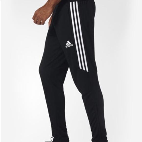 Adidas pantaloni nuovi corridori poshmark
